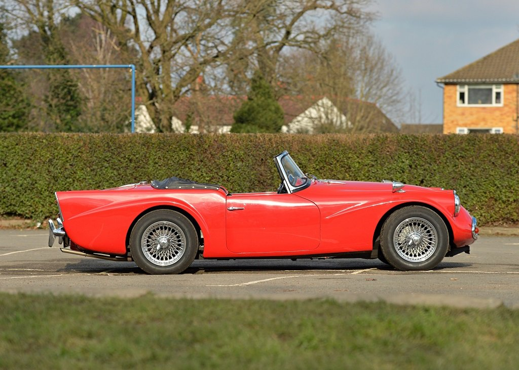 1963 Daimler SP250 B Specification For Sale by Auction (picture 2 of 11)