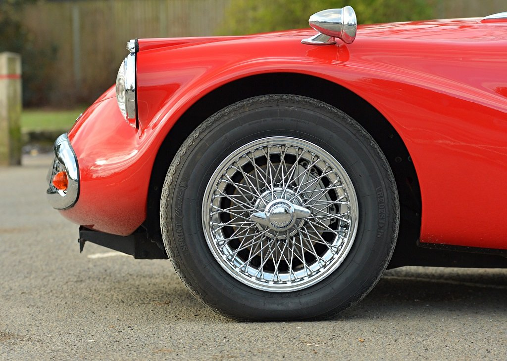 1963 Daimler SP250 B Specification For Sale by Auction (picture 8 of 11)