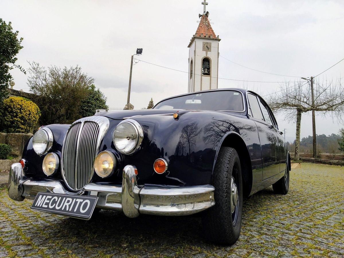 1967 Daimler V8 For Sale (picture 1 of 12)