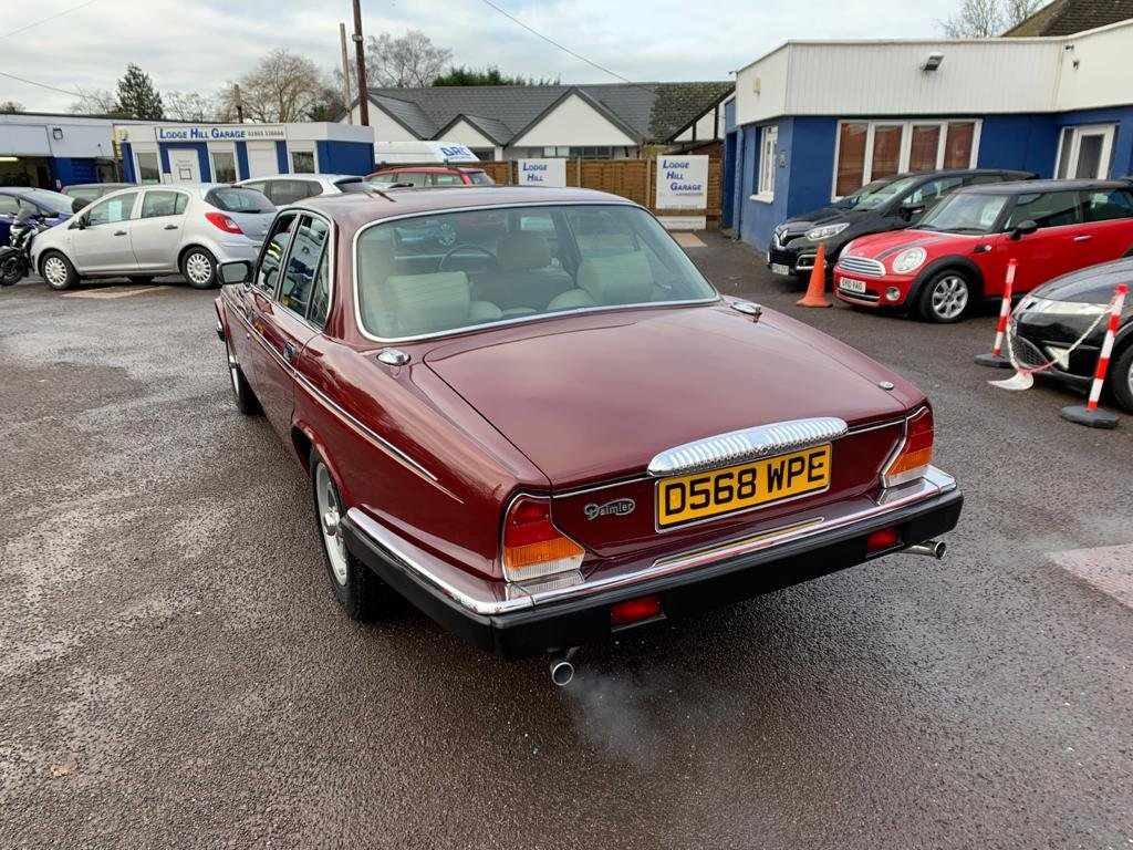 1986 Daimler Sovereign 4.2 Series III for sale For Sale (picture 4 of 12)