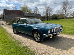 Picture of 1977 DAIMLER XJ6 4.2 For Sale