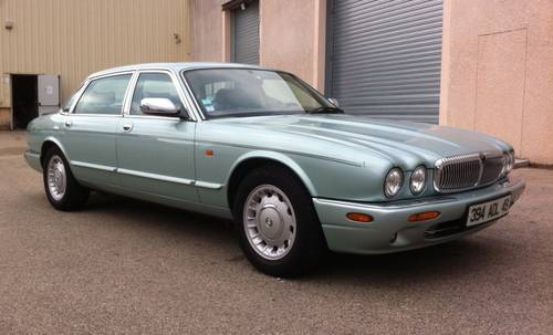 1998 DAIMLER 8 X300 V8 LIMOUSINE For Sale (picture 2 of 6)