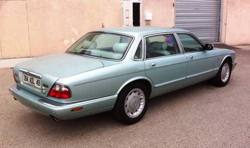 1998 DAIMLER 8 X300 V8 LIMOUSINE For Sale (picture 3 of 6)