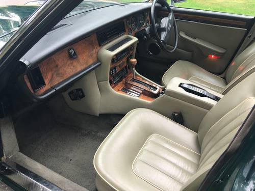 1992 DAIMLER  JAGUAR SALOON COUPE CONVERTIBLE WANTED WANTED Wanted (picture 3 of 6)
