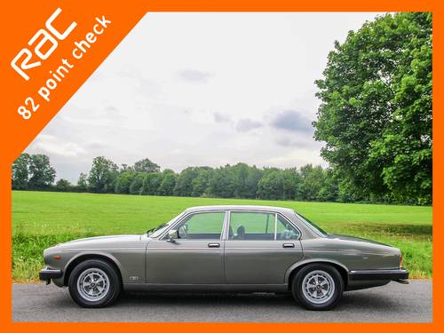1992 Daimler Double Six Series III V12 5.3 Auto For Sale (picture 2 of 6)