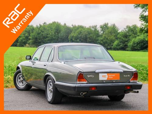 1992 Daimler Double Six Series III V12 5.3 Auto For Sale (picture 3 of 6)