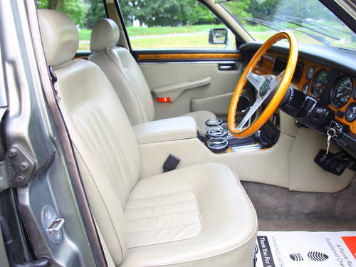 1992 Daimler Double Six Series III V12 5.3 Auto For Sale (picture 4 of 6)