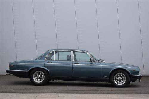 1985 Daimler Double Six 5.3 For Sale (picture 3 of 6)