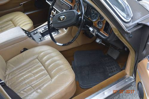 1974 Daimler Jaguar sovereign low mileage for sale SOLD (picture 5 of 6)