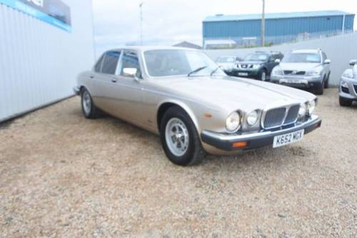 1993 Daimler double six v12 5.3 hot climate import rhd SOLD (picture 1 of 6)
