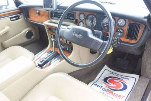 1993 Daimler double six v12 5.3 hot climate import rhd SOLD (picture 3 of 6)