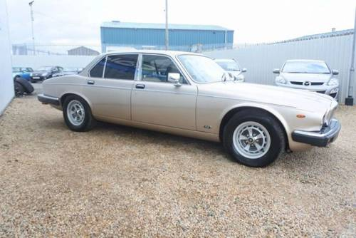 1993 Daimler double six v12 5.3 hot climate import rhd SOLD (picture 6 of 6)