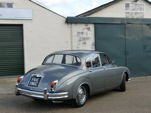 1965 Daimler 2 1/2 litre V8 automatic, 30,000 miles from new SOLD (picture 2 of 6)