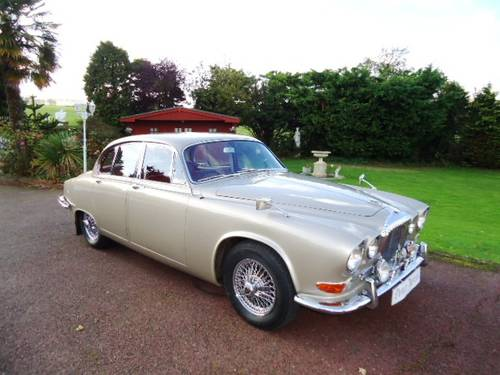 Daimler Sovereign 420  1967 For Sale (picture 1 of 6)
