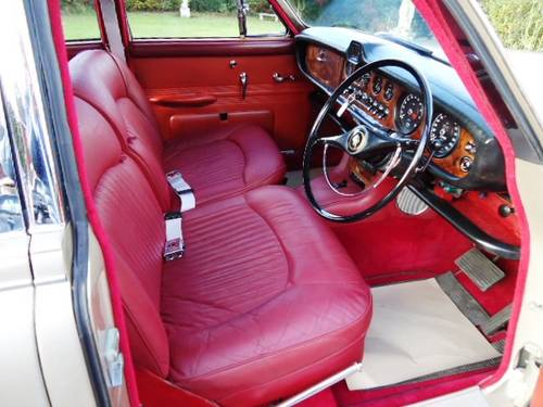 Daimler Sovereign 420  1967 For Sale (picture 3 of 6)