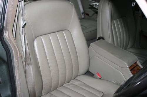 1991 DAIMLER SOVEREIGN 4.0 - XJ6 - EXCELLENT VALUE EXAMPLE SOLD (picture 6 of 6)