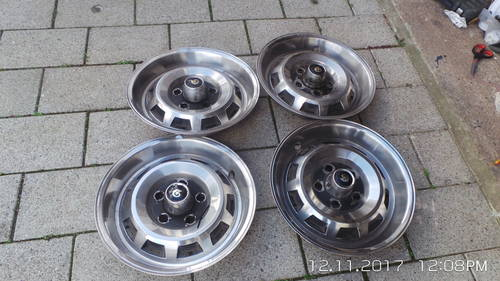 1956 Daimler XJ wheel trims For Sale (picture 4 of 4)