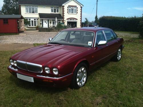 2000 Daimler Super V8 Carnival Red rust free RHD example For Sale (picture 1 of 1)