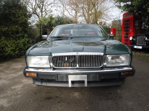 Daimler Saloon xj40 4.0 auto 4dr 1990 G REG 54K For Sale (picture 1 of 6)