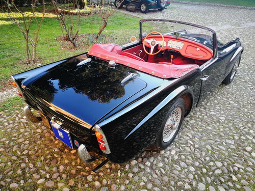1963 DAIMLER SP 250 DART SOLD (picture 3 of 6)