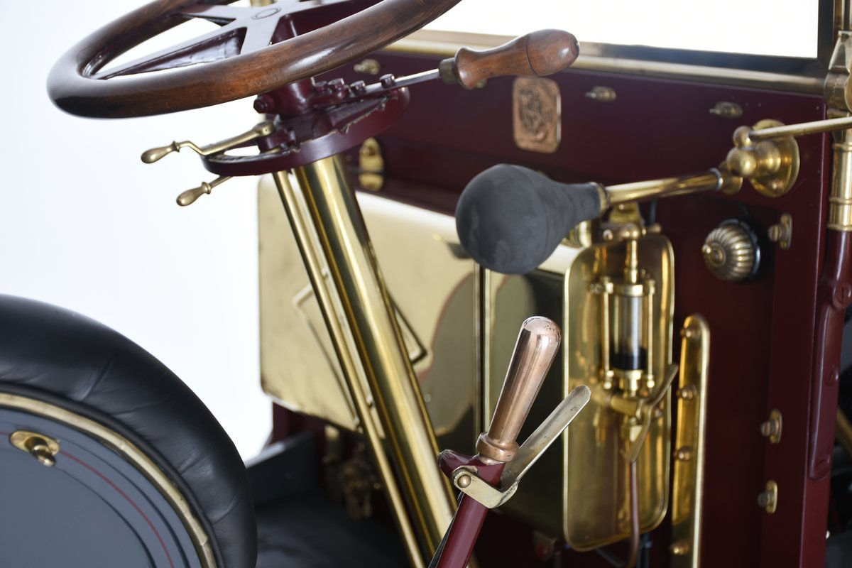 1903 Darracq 12hp Twin-cylinder Swing–seat Tonneau For Sale (picture 9 of 10)