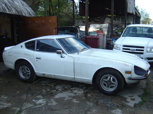 1974 260Z early UK RHD 2 Seater for light restoration