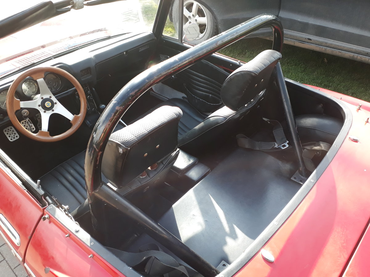1970 Datsun Roadster 2000 from California in Lithuania For Sale (picture 5 of 6)