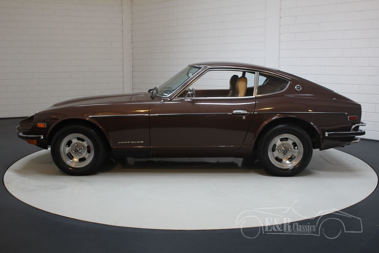 Datsun 240Z Coupé 1972 dark brown metallic For Sale (picture 4 of 6)