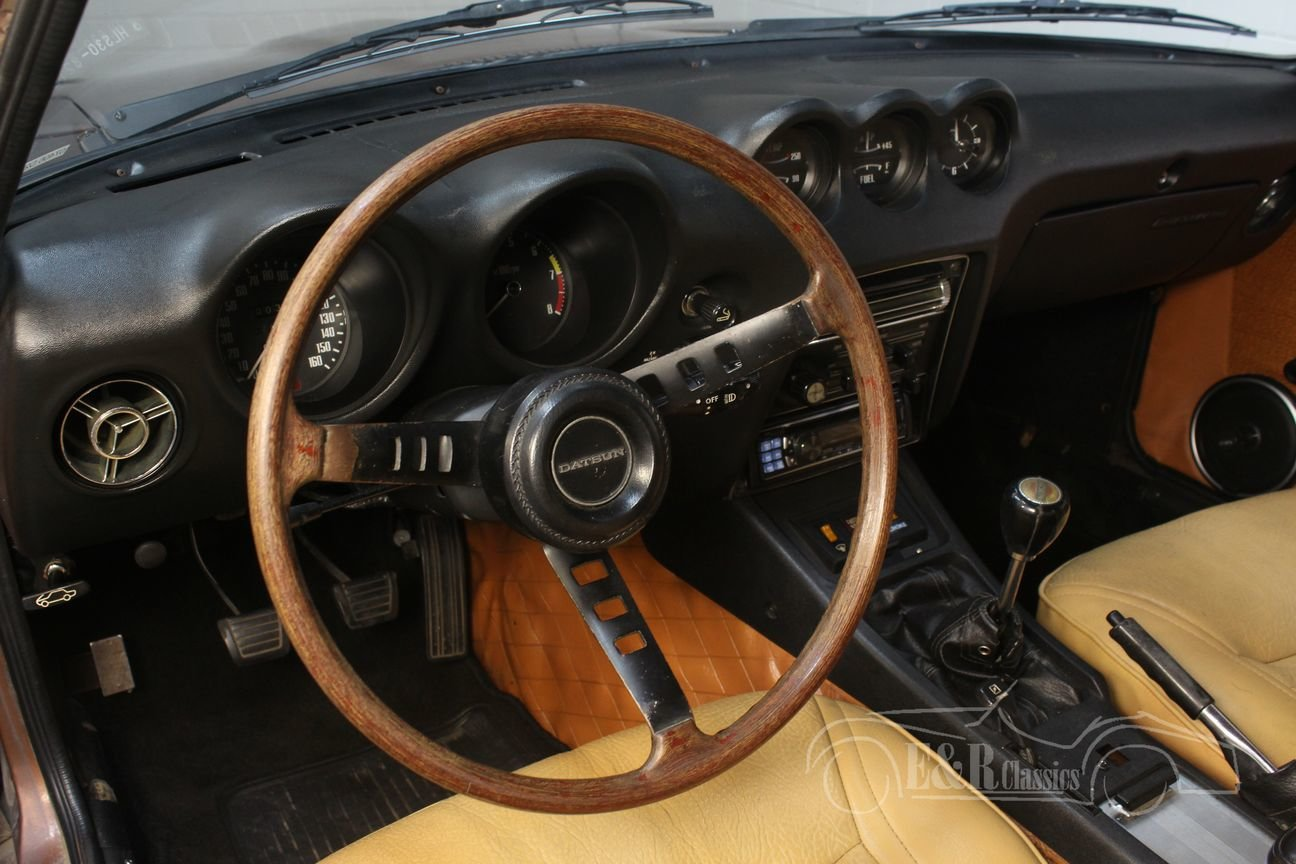 Datsun 240Z Coupé 1972 dark brown metallic For Sale (picture 5 of 6)