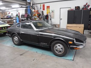 Picture of Datsun 240Z 1971  6 cyl. 2.4L (to restore!)