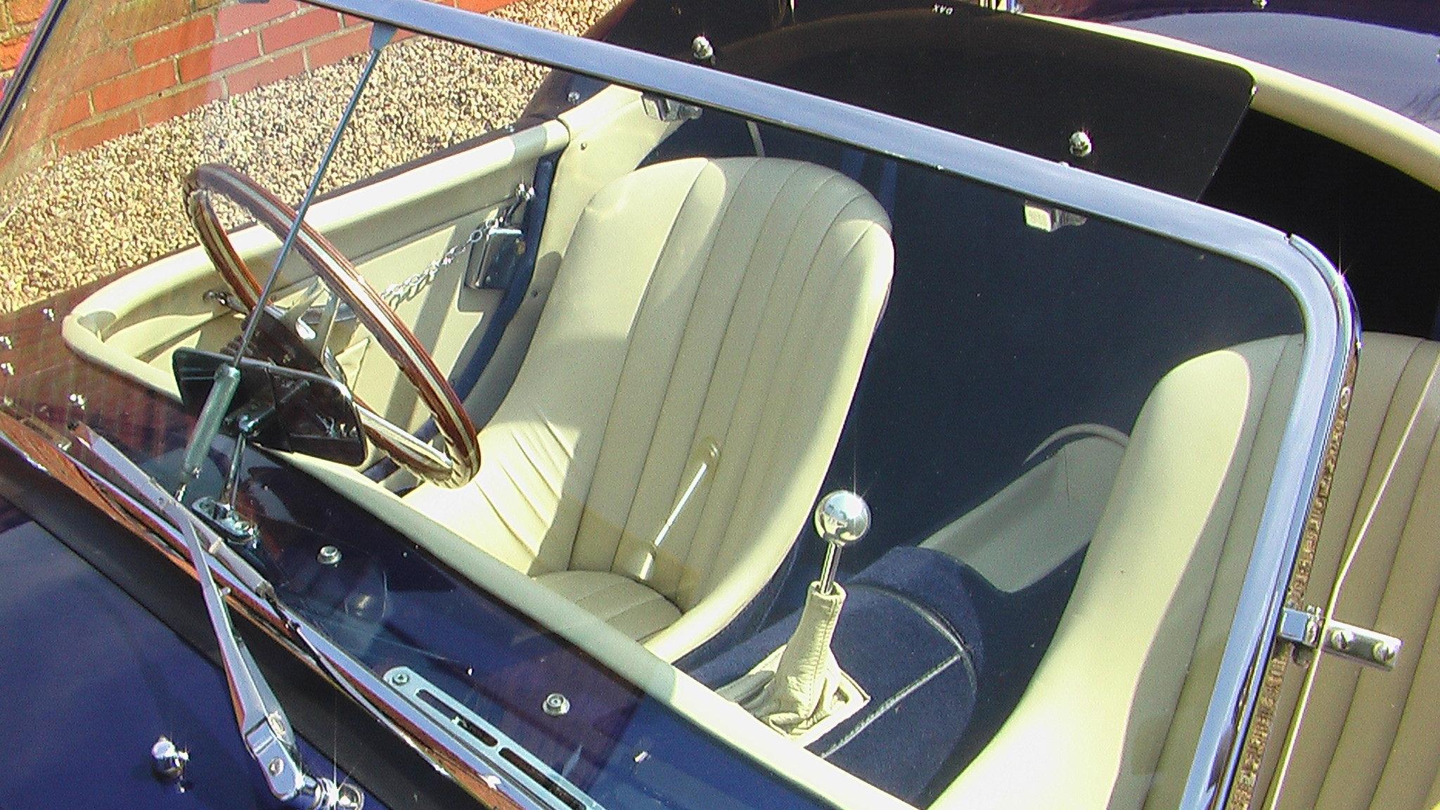 1998 6.5L CHEVY V8, DAX TOJEIRO COBRA For Sale (picture 5 of 6)