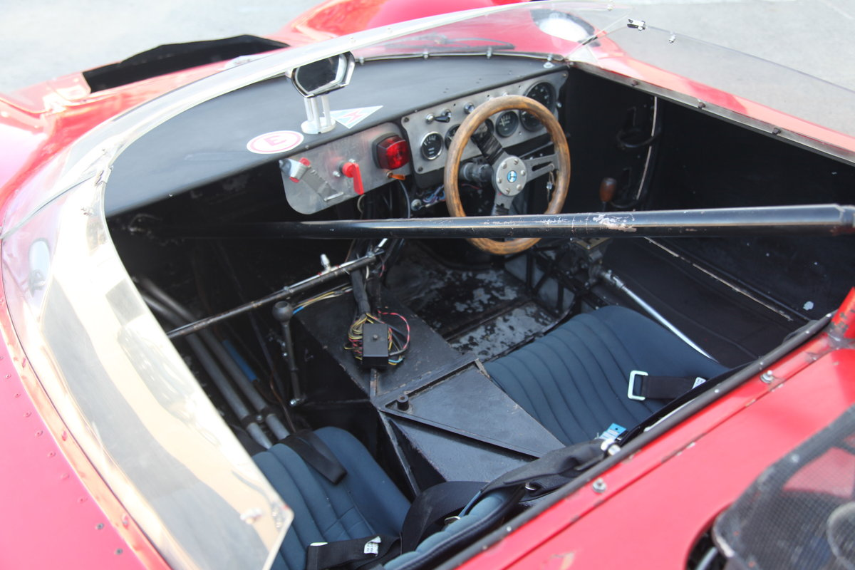 1965 De Tomaso Sport 5000 For Sale (picture 4 of 6)
