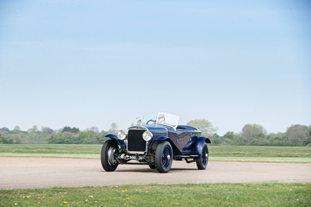 1922 DELAGE CO2 4½-LITRE SIX-CYLINDER OHV DUAL COWL TOURER For Sale (picture 2 of 6)