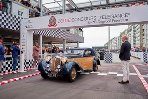 Picture of 1937 Concours restored Delahaye 135 DHC by Abbey Coachwork For Sale