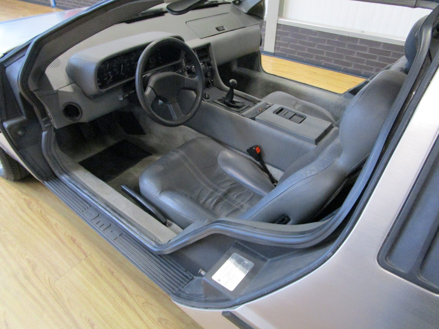 1983 DeLorean DMC-12 For Sale (picture 5 of 6)