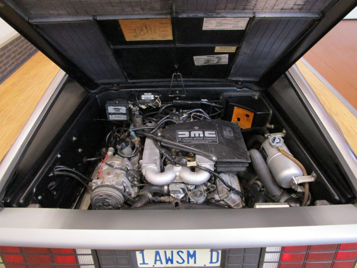 1983 DeLorean DMC-12 For Sale (picture 6 of 6)