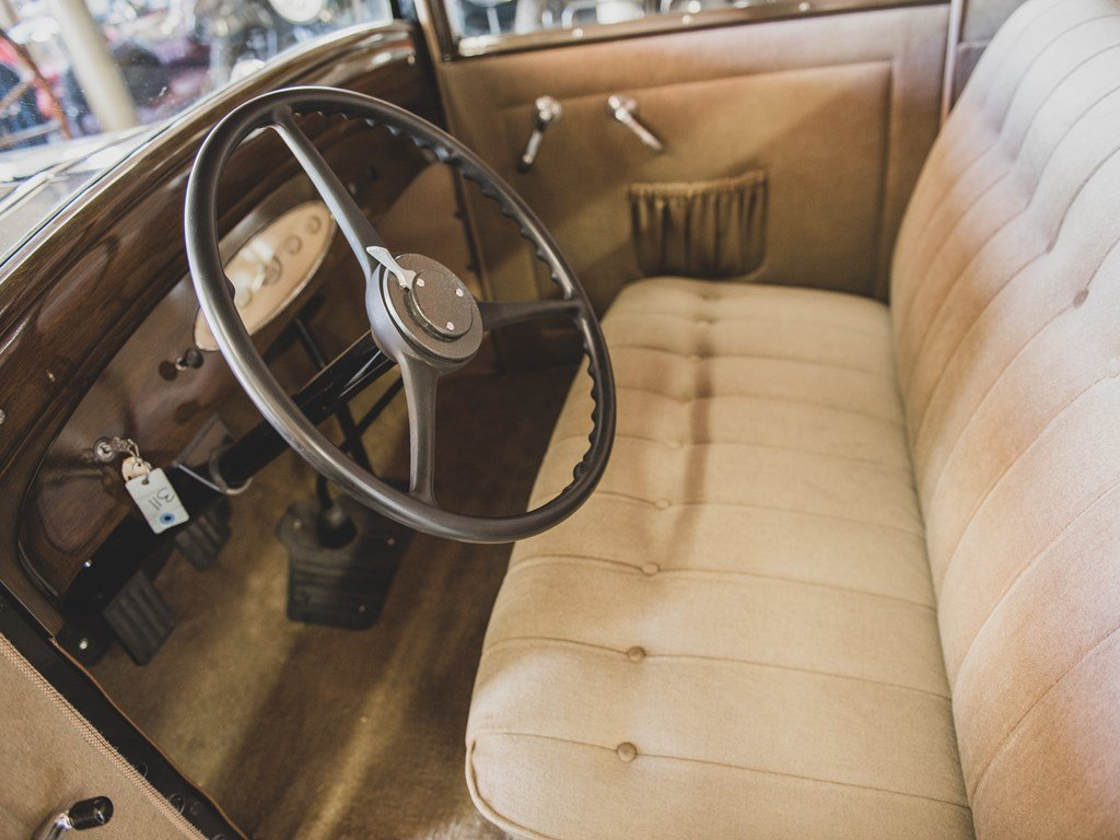 1931 DeSoto Model SA Standard Coupe  For Sale by Auction (picture 4 of 6)