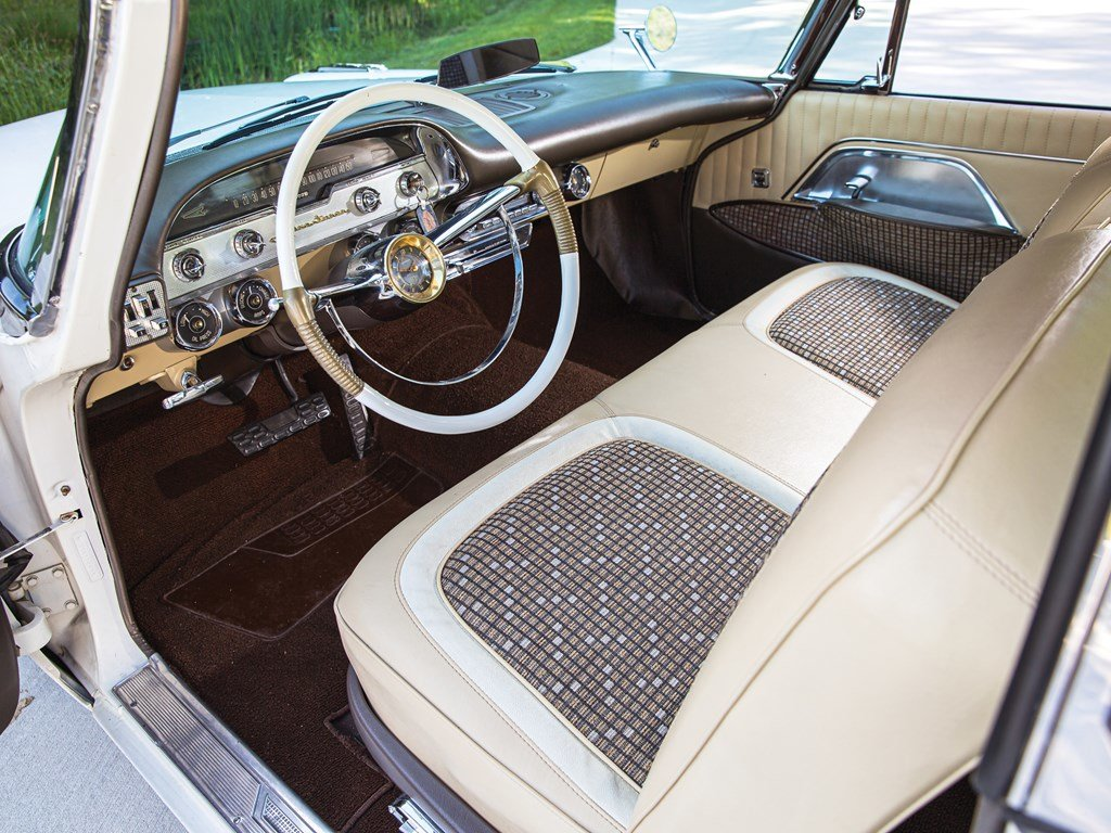 1957 DeSoto Adventurer Hardtop Coupe  For Sale by Auction (picture 4 of 6)