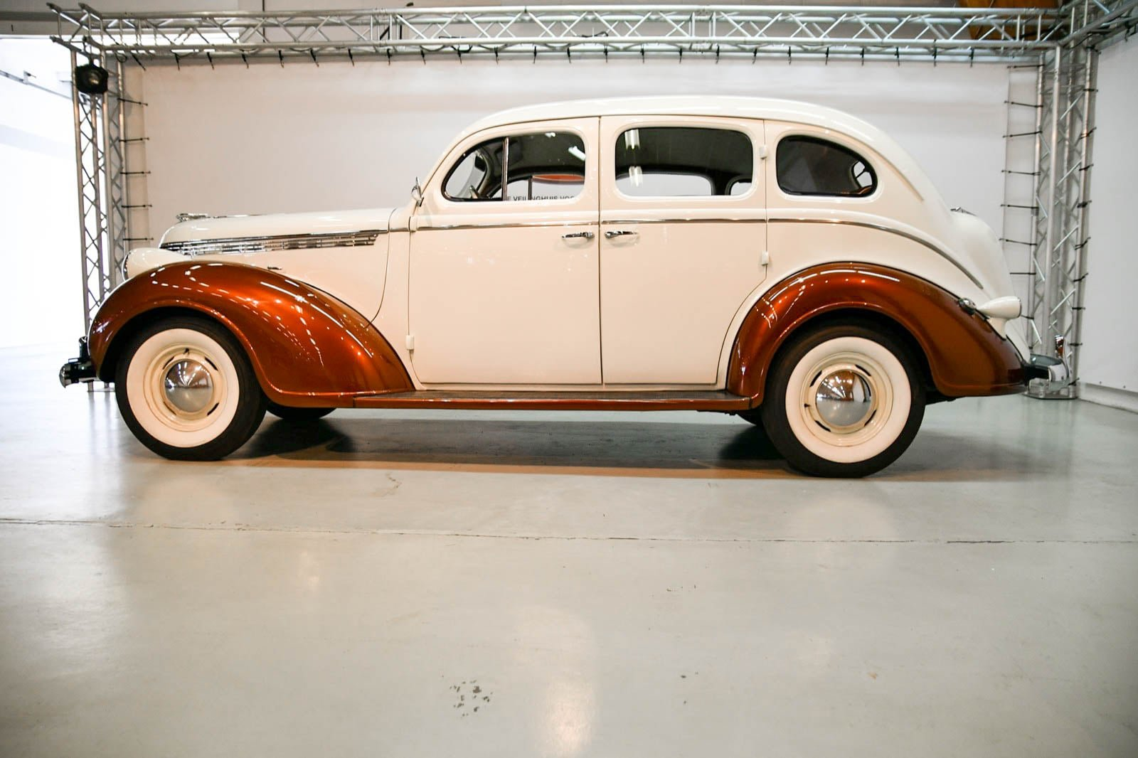 DeSoto S5 1938 For Sale by Auction (picture 4 of 6)