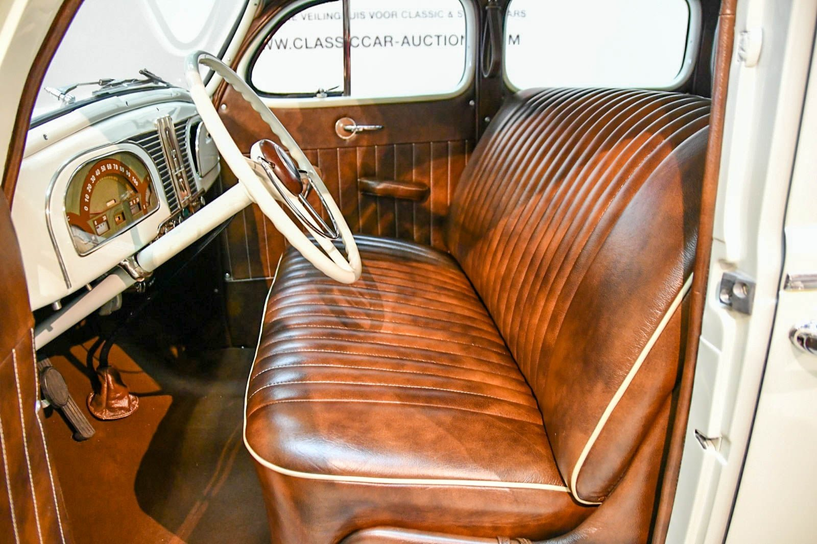 DeSoto S5 1938 For Sale by Auction (picture 5 of 6)