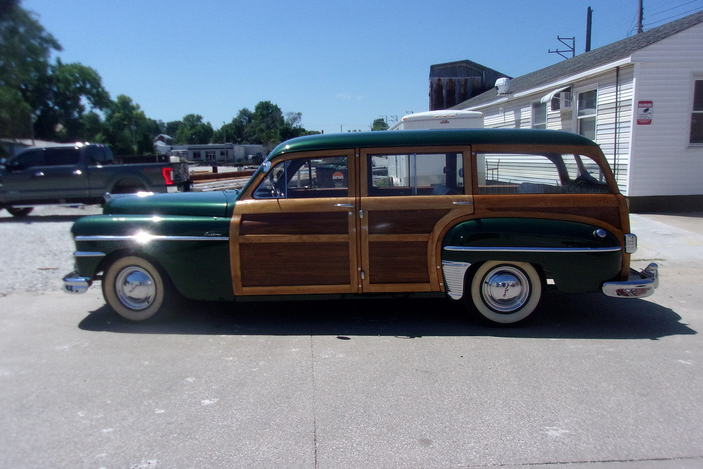 1949 DeSoto Custom Woodie Wagon For Sale (picture 3 of 6)