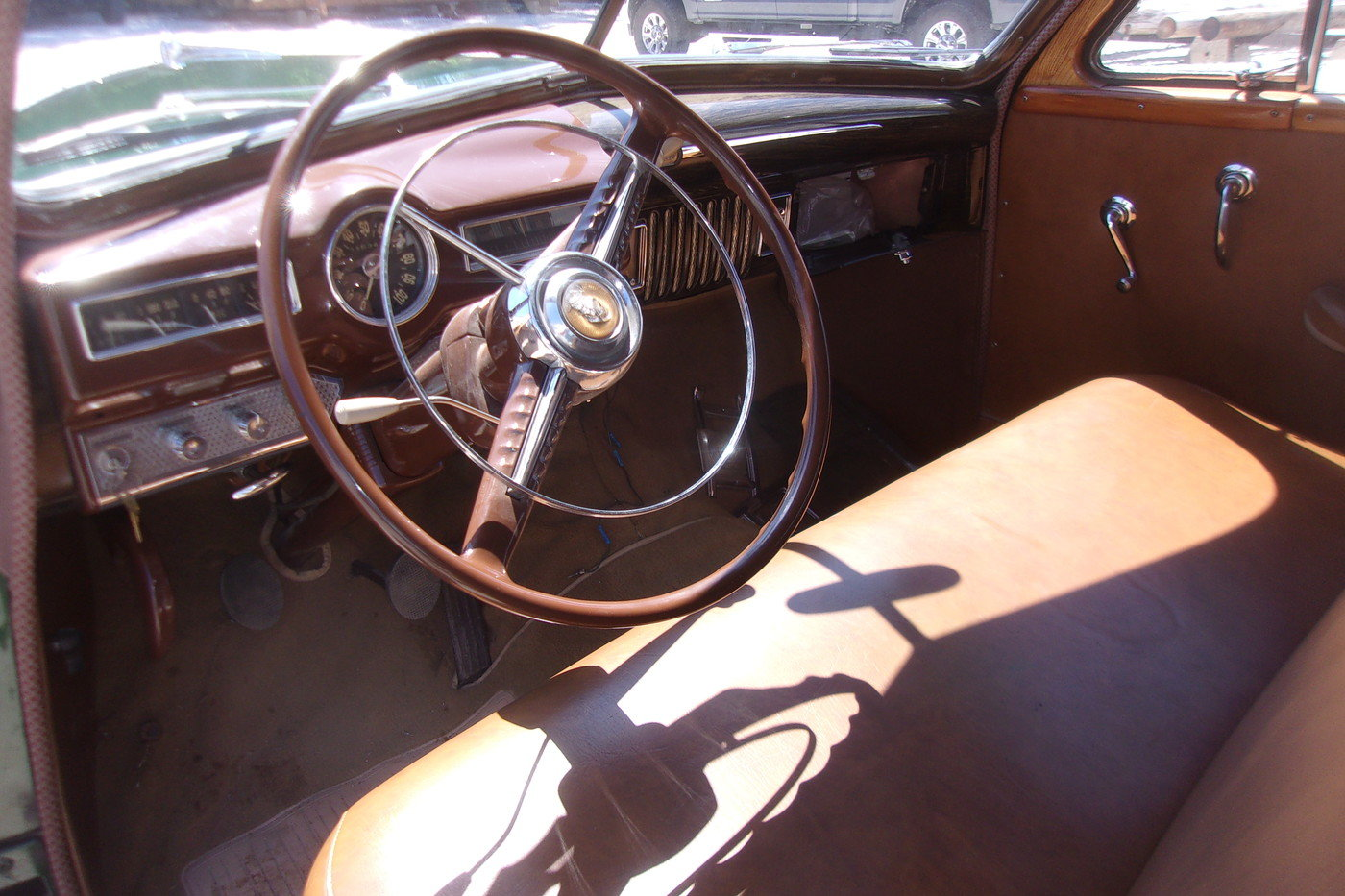 1949 DeSoto Custom Woodie Wagon For Sale (picture 4 of 6)