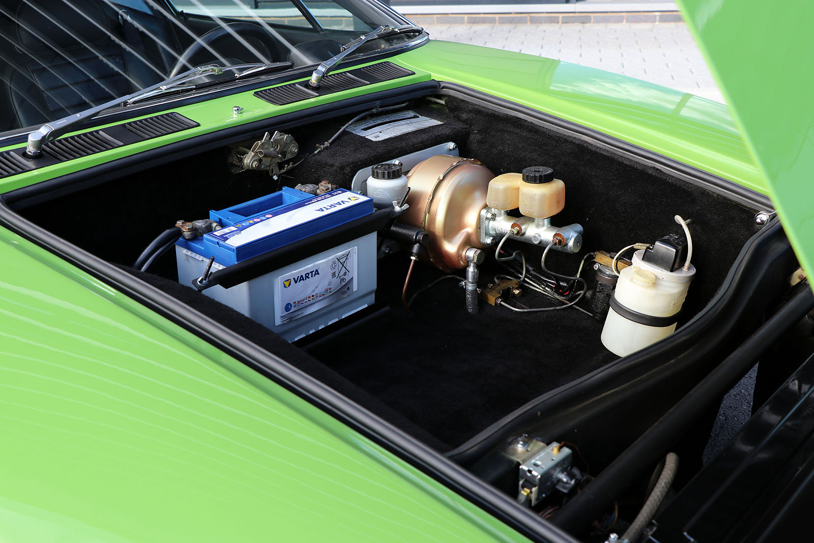 For Sale UK Fully Restored 1972 De Tomaso Pantera For Sale (picture 5 of 6)