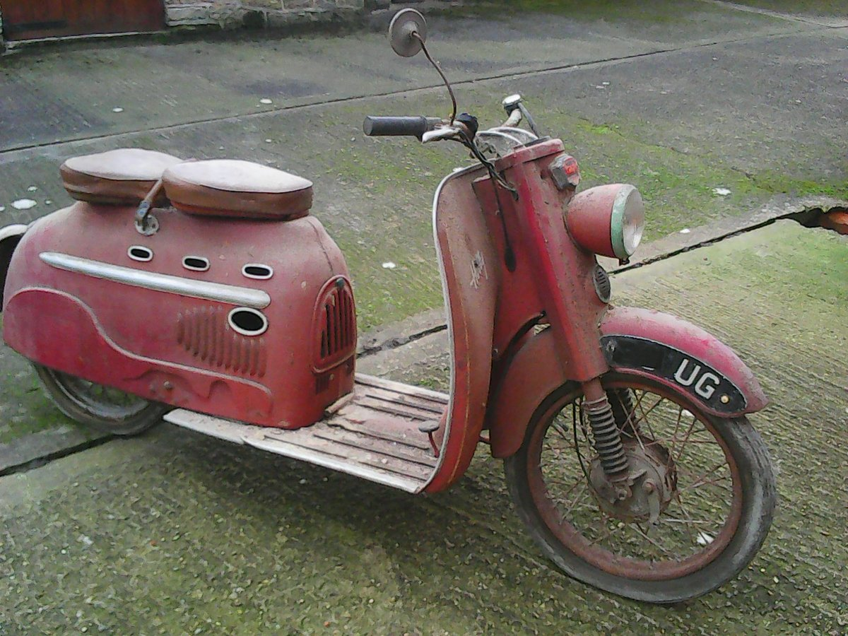 1960 Scooter SOLD (picture 1 of 6)