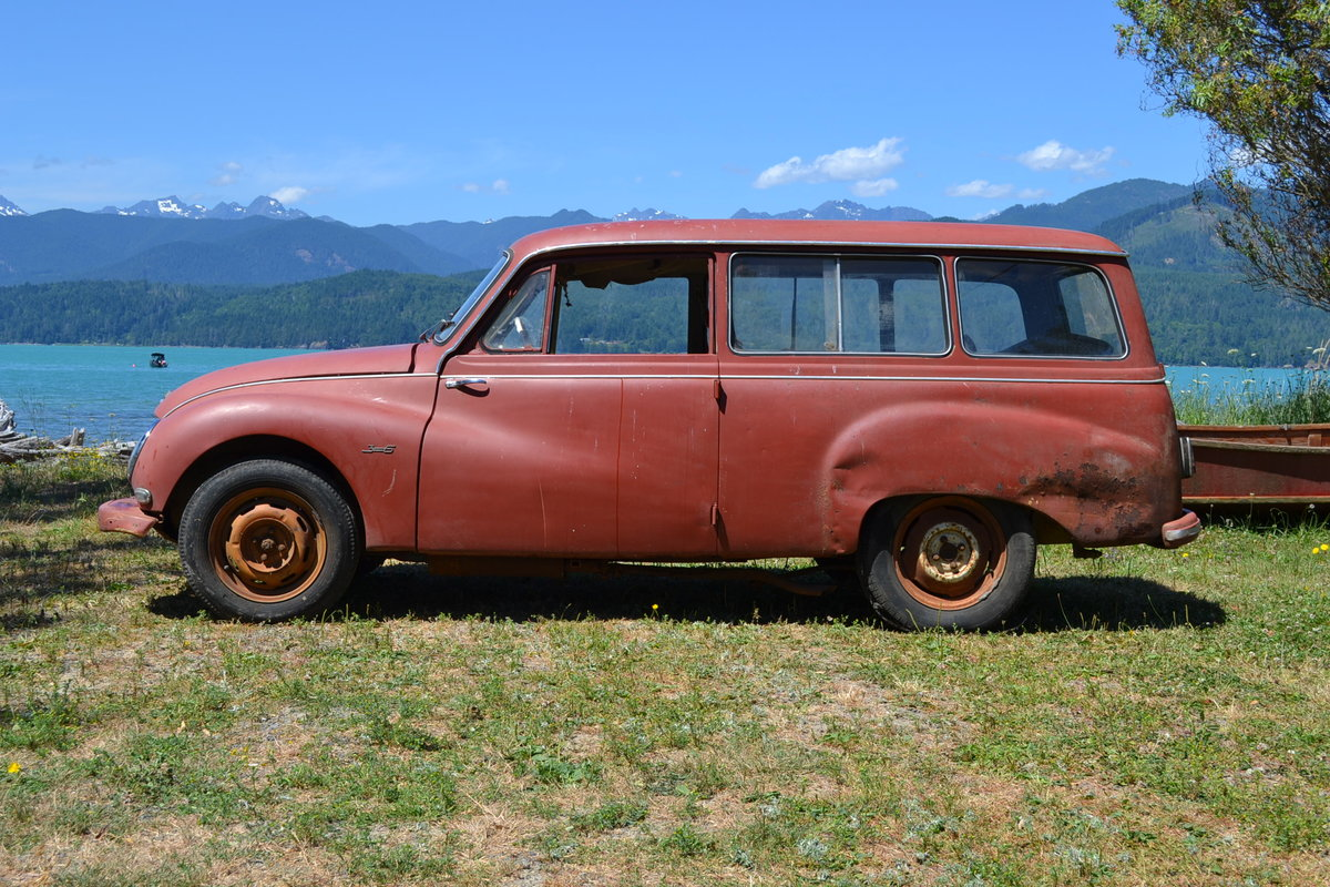 1958 DKW/ Auto Union Universal 1000S Project/Parts Car.  For Sale (picture 3 of 6)