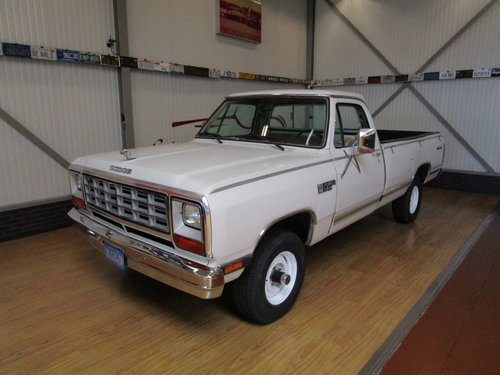1984 Dodge W150 4X4 Royal SE Power Ram Prospector For Sale (picture 1 of 6)