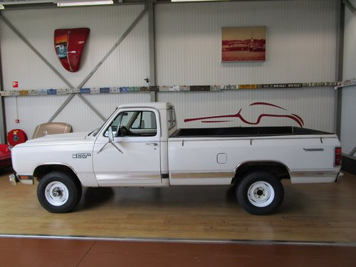 1984 Dodge W150 4X4 Royal SE Power Ram Prospector For Sale (picture 2 of 6)