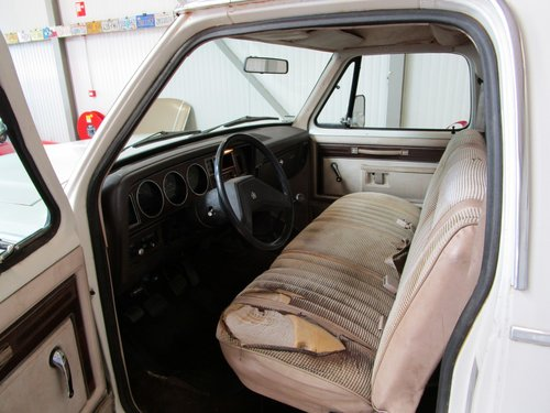 1984 Dodge W150 4X4 Royal SE Power Ram Prospector For Sale (picture 4 of 6)