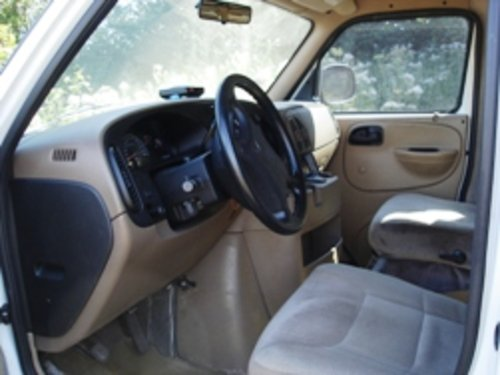1999 Looking for a clean, affordable weekend van? For Sale (picture 2 of 6)