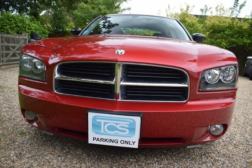 2006 Dodge Charger R/T 5.7i V8 HEMI Saloon Automatic SOLD (picture 4 of 6)